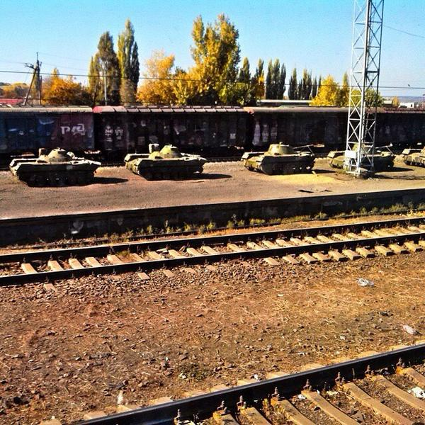 Russian tanks with masked numbers are at Rostov rail station