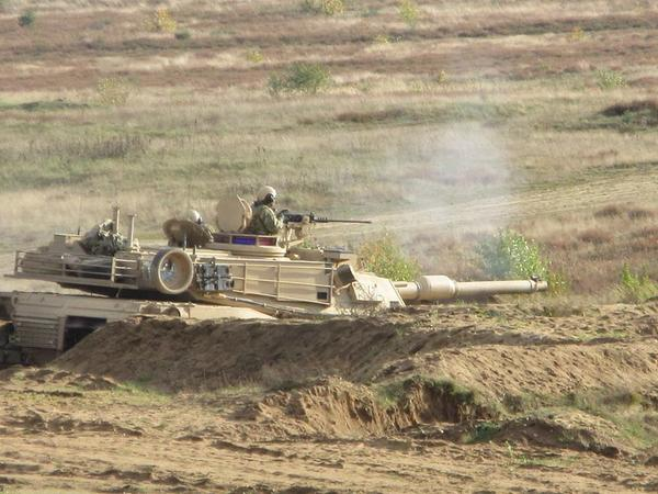 Joint training US & Polish soldiers conducted tank gunnery ranges in Operation Atlantic Resolve.