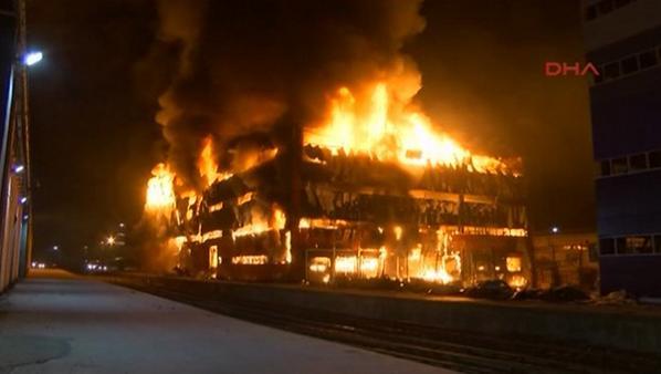 Halkalı Customs' 5-story warehouse in Istanbul caught fire tonight