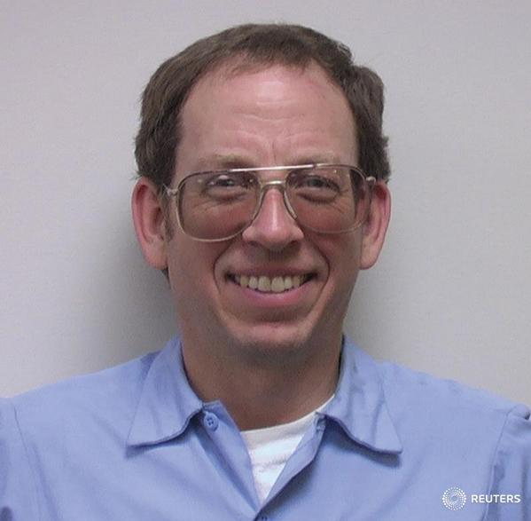 U.S. citizen Jeffrey Fowle released from North Korea and heading home to his family