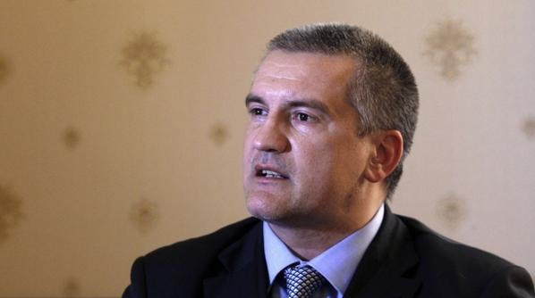 Aksenov promises to return the loans to the Ukrainian banks