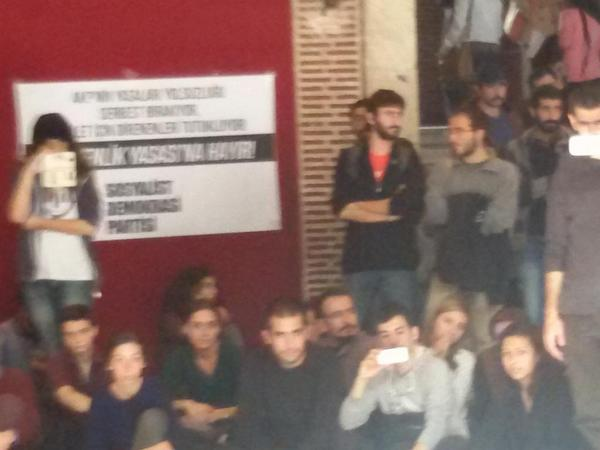 Istanbul Univers.students in Support of Kobane /against IS