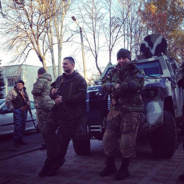 Ukrainian soldiers at Volnovakha