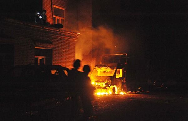 MLRS shelling between DNR' gangs.