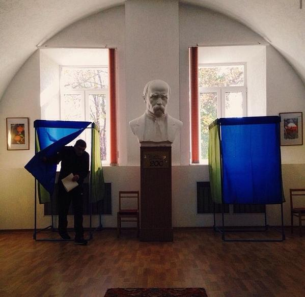 Voting in a military hospital in Kyiv