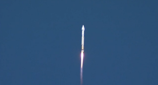 Successful liftoff of AtlasV rocket from Florida launchpad