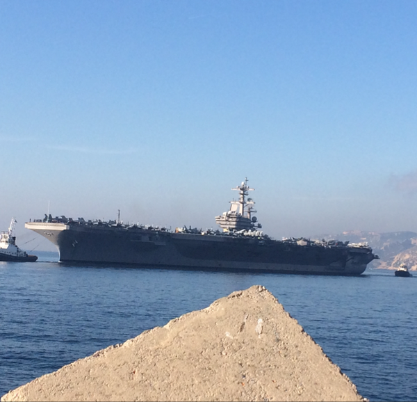 The aircraft carrier USS Bush arrived in Marseille