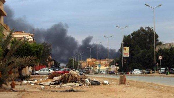 Libya pro-government forces recapture parts of Benghazi
