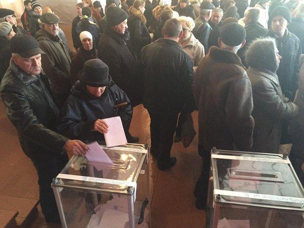 Voting in Ilovaysk