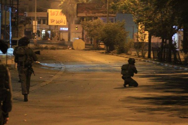 Clashes between youths and Israeli forces in Alezariya and AbuDis east Jerusalem