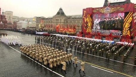 Six thousand people marched in military parade in Moscow