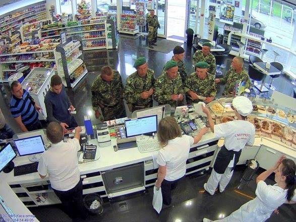Azerbaijani oil company SOCAR in Ukraine give free food to the soldiers since August 2014.