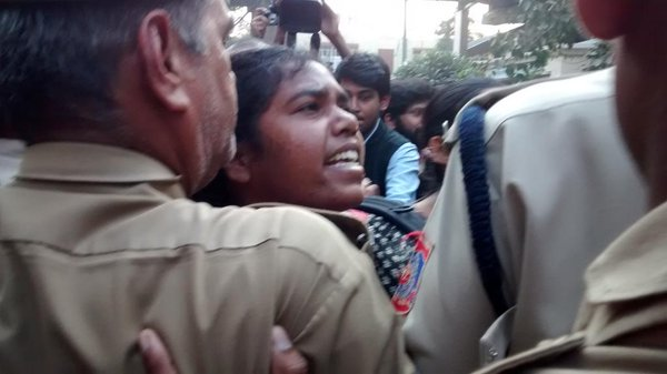 kissoflove participants try to move towards the RSS office. Stopped by the police