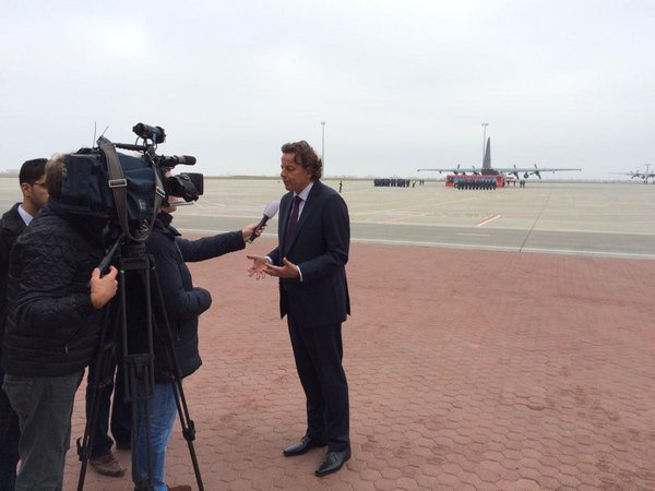 Dutch Foreign Min Koenders speaking to press  in Ukraine before departure Hercules planes from Kharkiv to Nls