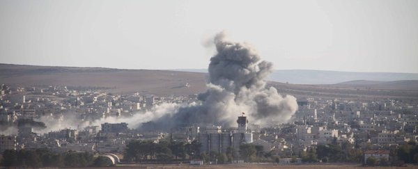 kobane: fighting during the night, alevi demo in the morning and airstrikes now