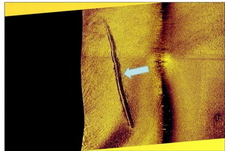 Swedish high rank officials presented evidence of alien mini submarine marks on bottom of Swedish coastline.