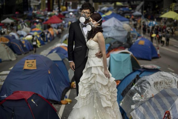 OccupyHK wedding photo