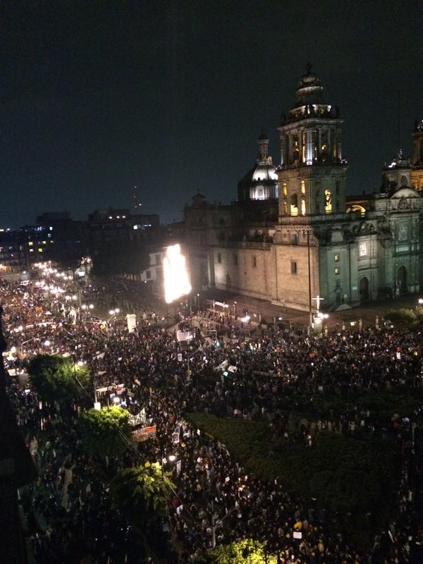 Thousands fill the Socket demand justice for missing Ayotzinapa students