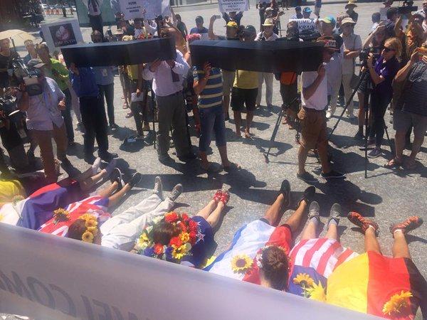 Putin killed - protest in Brisbane, Australia