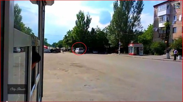 Gunfire & chase at Russia terrorists CP Donetsk after minibus refused to stop Ukraine