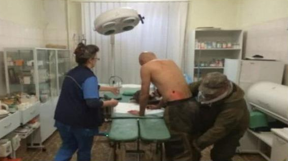 @GrahamWP_UK was wounded by shrapnel. Admitted to Donetsk hospital. Surgeon says he will be fine. Ukraine