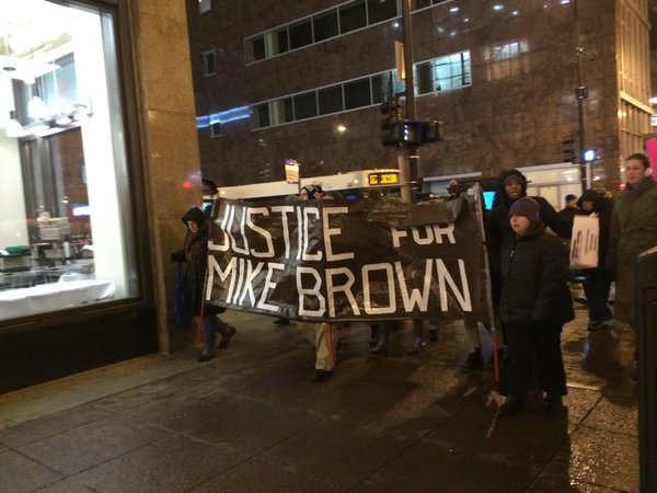 Large Crowds Gathering In Chicago To Stand With Ferguson