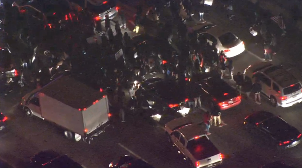 NB lanes of I-35 closed in Dallas as Ferguson protesters march on highway