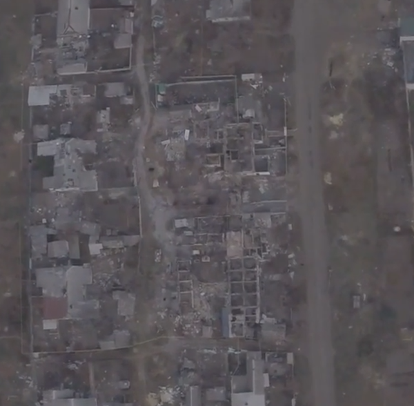 Russians fly drone over entirely destroyed Piski