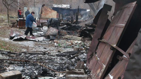 Shakhterska Slavi street in Donetsk after today's shelling