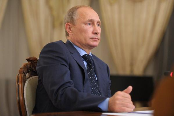 Vladimir Putin: OPEC's Decision to maintain quotas on oil production suits Russia