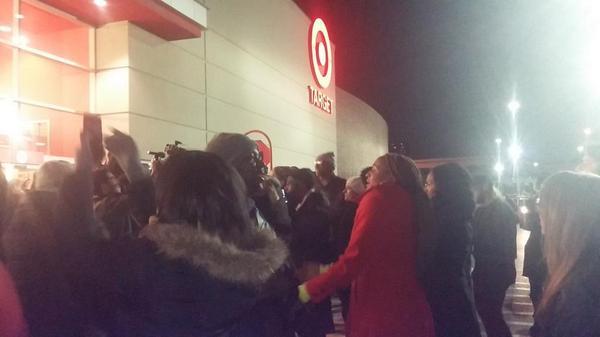 Ferguson protesters take their demonstrations to Walmart & Target in Black Friday boycott.