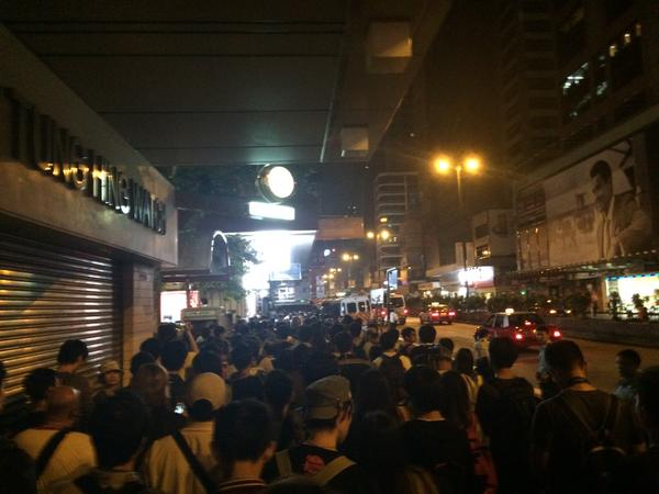 A slow and calm march down Nathan Road towards TST. Just past Soy st. Around 1000 ppl. OccupyHK