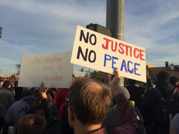 Ferguson in Des Peres. Chants of no justice no peace.