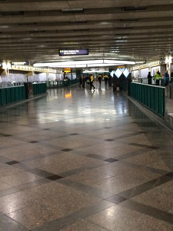West Lake Station shutdown by police Seattle