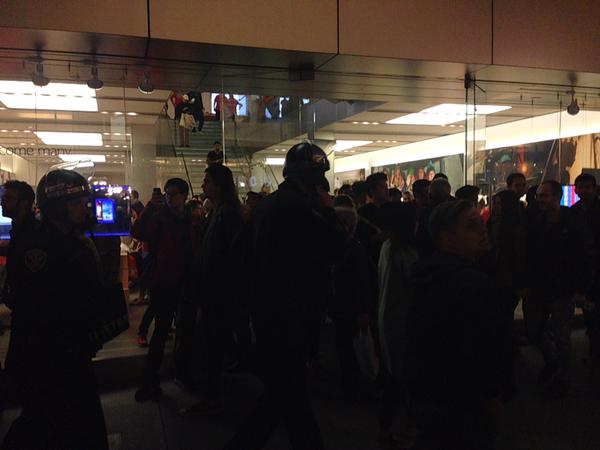 Riot cops at apple store sf ferguson