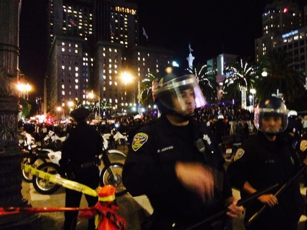 Marchers stopped from entering union square