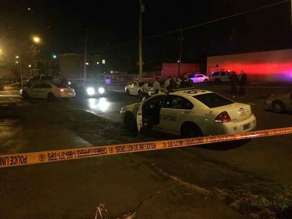 Gravois & Itaska (S. STL) - @SLMPD says 1 man dead after a suspected hammer attack.