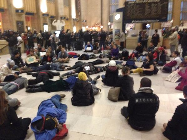 Silent sit in protest at 30th station grows philly ferguson