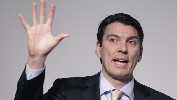 AOL CEO Tim Armstrong says 'HuffPo' brings in hundreds of millions of dollars.
