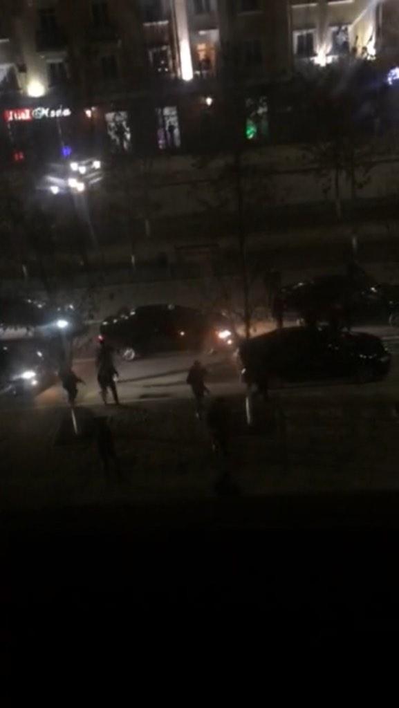 Roads blocked in Grozny