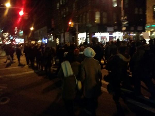 Atleast 5 marches around NYC with at least 500 in each