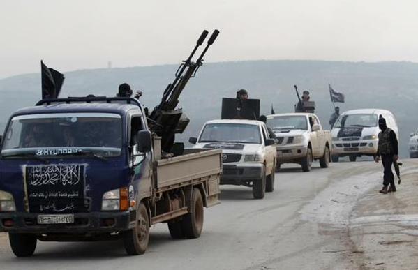ISIS clash w/ Jahbat al Nusra in Qalamoun, near Lebanon