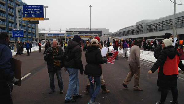 Protesters shut down road to Terminal 1 at Minneapolis - St.Paul International Airport