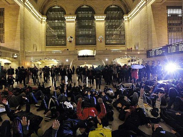 Die-in Grand Central