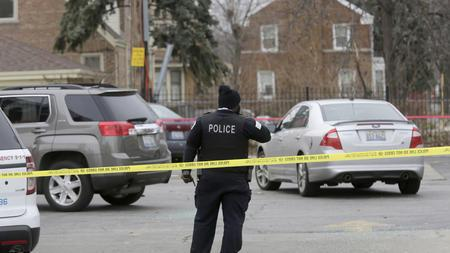 DEA agent hit by suspect's car, authorities conducting manhunt, @chicagotribune reports