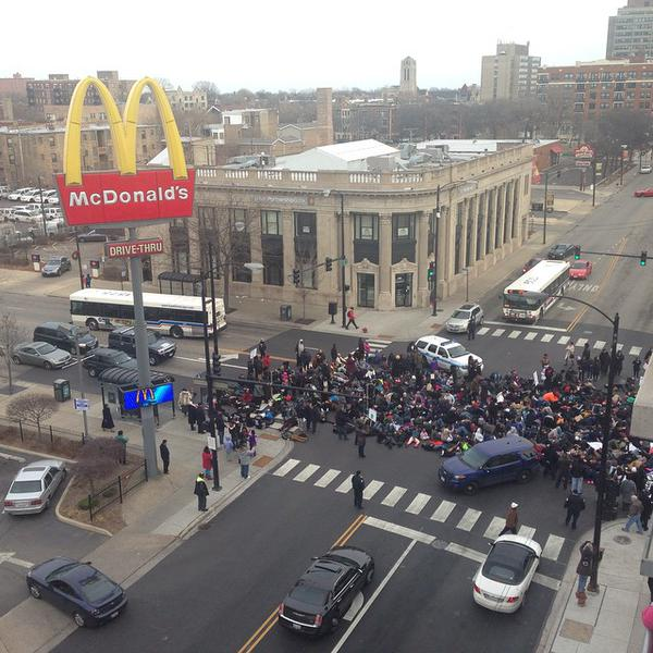 Rally on 47th and Cottage grove, Bronzeville, Chicago