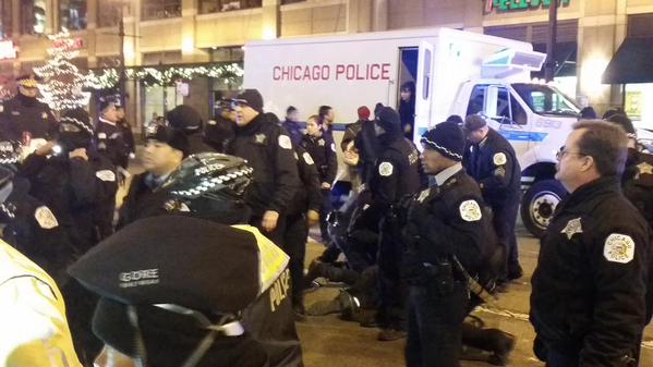 Several arrests happening now chicago icantbreathe