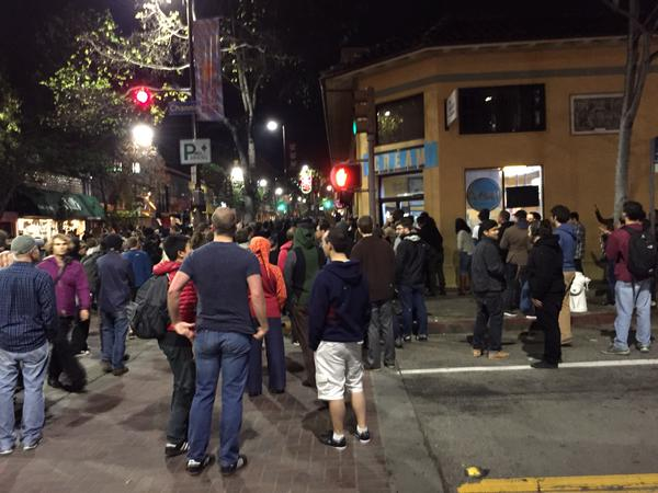People trying to smash locally owned Cream, crowd not pleased
