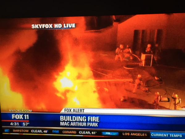 A second large fire is now burning in the Pico-Union area. @LAFD on scene