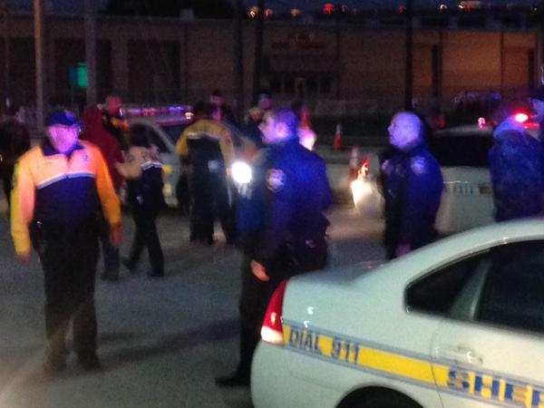 1 protester punched Jacksonville police officer in face. He's only 1 charged with felony.